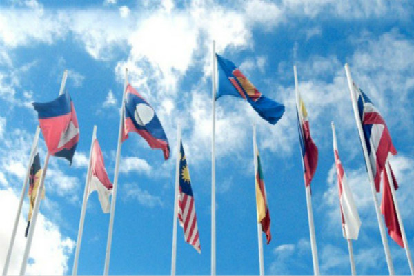 ASEAN Has Central Role in East Asia Diplomacy